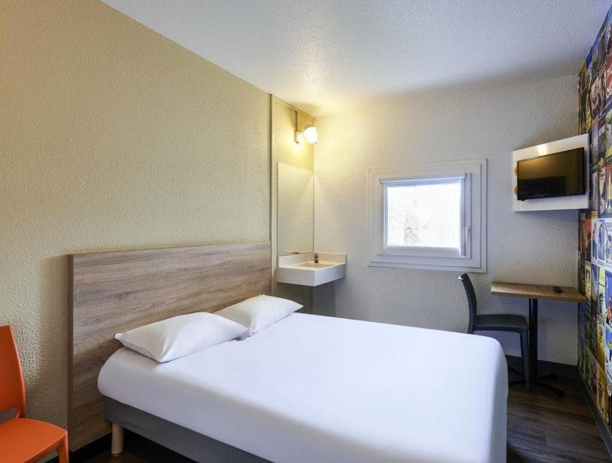 HotelF1 Paris